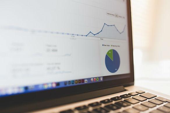 Gestión online vs. Gestión in-house: ventajas y desventajas